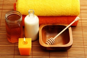 The milk with honey mask