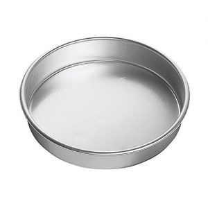Wilton Aluminum Decorator Preferred 6 by 3-Inch Round Pan