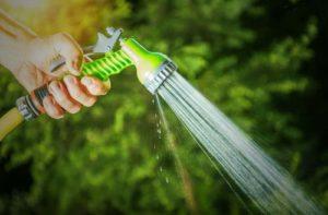 Top 5 Best Garden Hose Nozzles in 2020 Review