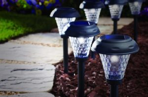 Top 10 Best Solar Lamps 2020 Review